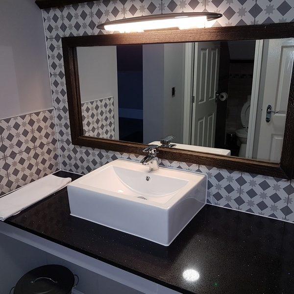 Glebe Family Suite Bathroom 1